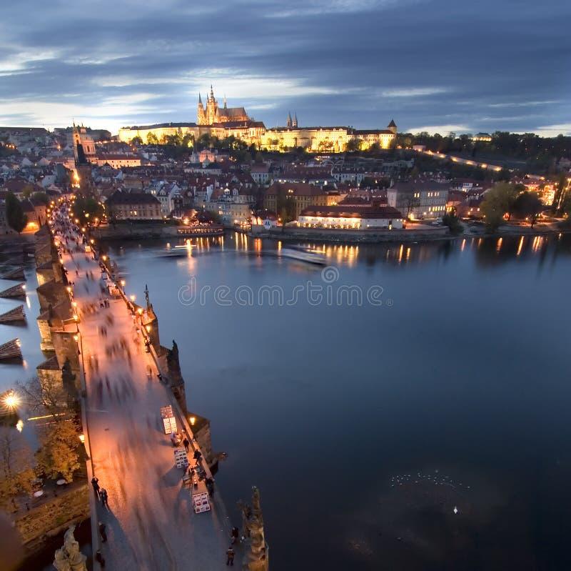 Cityscape van het Kasteel van Praag stock afbeeldingen