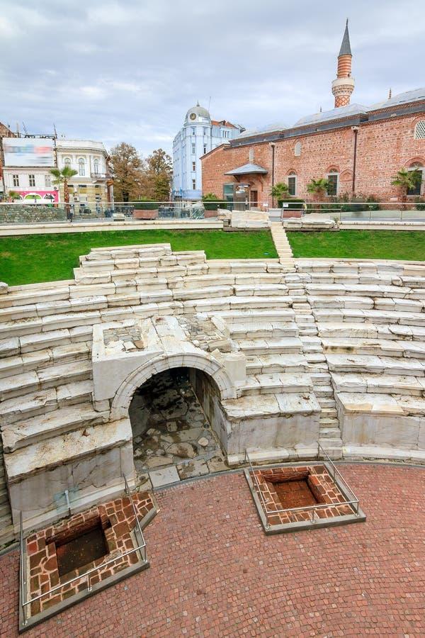 Cityscape van het Plovdiv Roman stadion royalty-vrije stock afbeelding