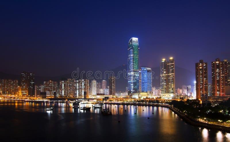 Cityscape van Hongkong bij Nacht stock foto's