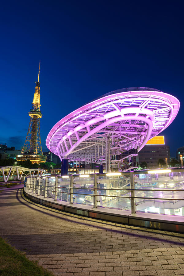 Cityscape van Japan bij de Toren van oasis21 en van Nagoya royalty-vrije stock afbeeldingen