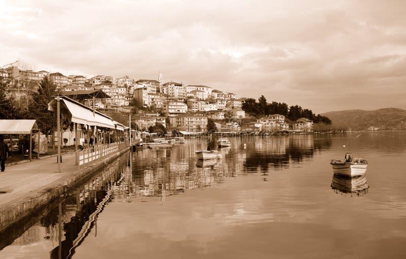 Cityscape van Kastoria, Griekenland royalty-vrije stock foto's