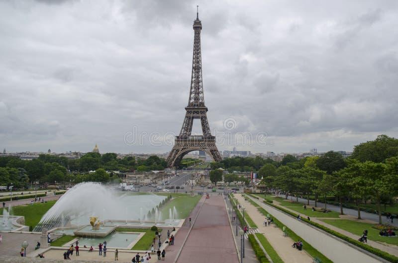 Cityscape van Parijs met de toren van Eiffel stock afbeelding