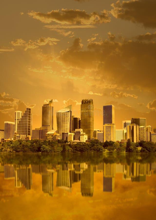 Cityscape in zonsondergang royalty-vrije stock foto