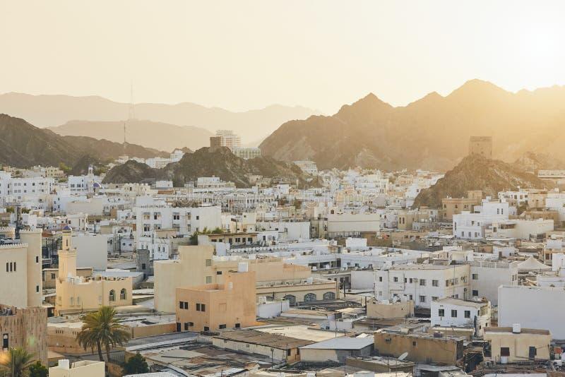 Cityscapesikt av Muscat royaltyfria foton