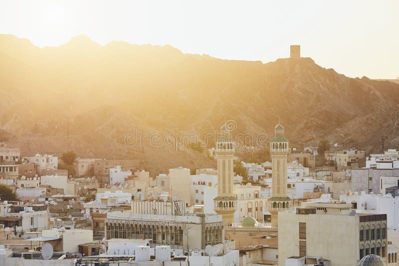 Cityscapesikt av Muscat royaltyfria bilder