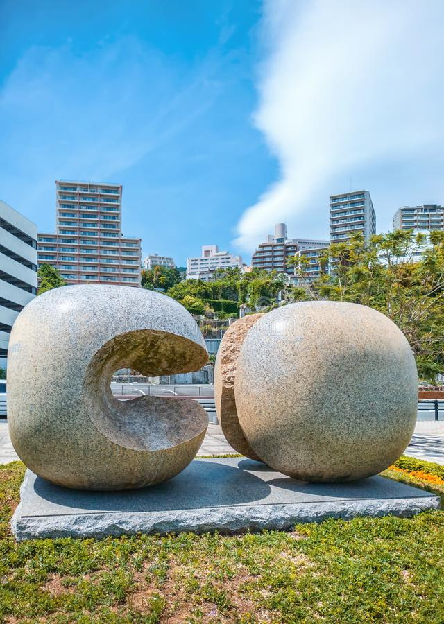 Ciudad abstracta de Atami de la escultura del parque, prefectura de Shizuoka, Japón fotos de archivo