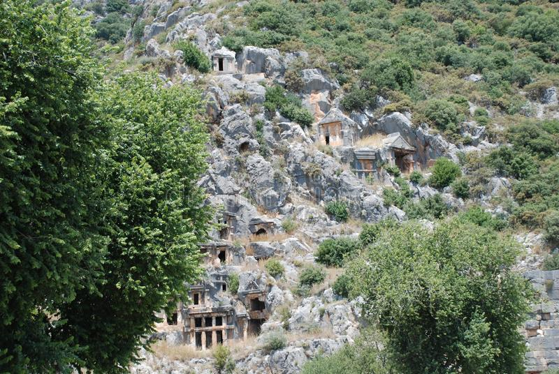Ciudad antigua tallada en la roca en Turquía cerca de Antalya imagen de archivo libre de regalías