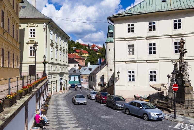 Ciudad Banska Stiavnica, Eslovaquia Calle del sity viejo fotografía de archivo