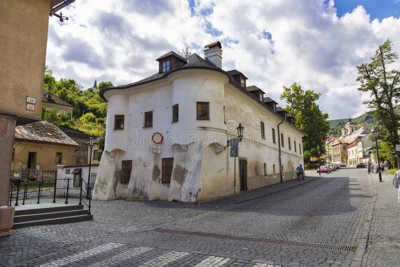 Ciudad Banska Stiavnica, Eslovaquia Calle del sity viejo imágenes de archivo libres de regalías