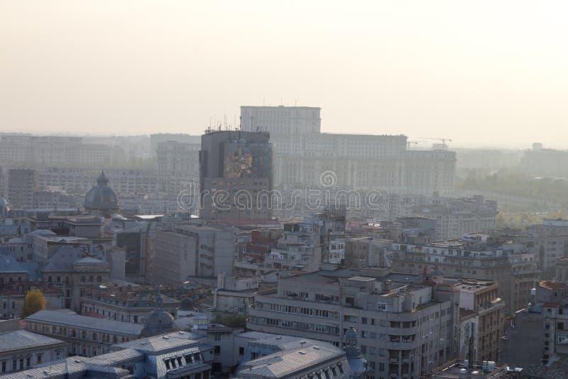 Ciudad contaminada foto de archivo