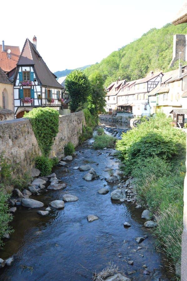 Ciudad de Alsacia/pueblo d 'Alsacia foto de archivo