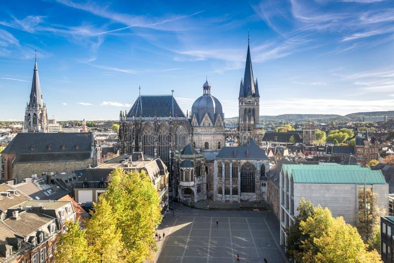 Ciudad de Aquisgrán, Alemania imagenes de archivo