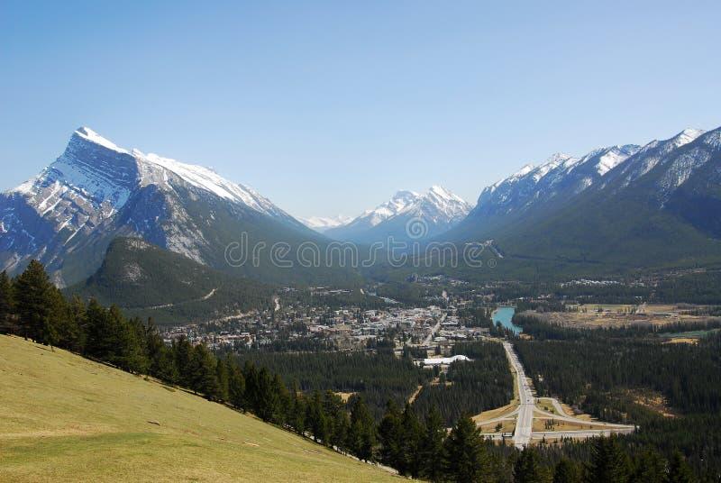 Ciudad de Banff y valle del arqueamiento fotos de archivo libres de regalías