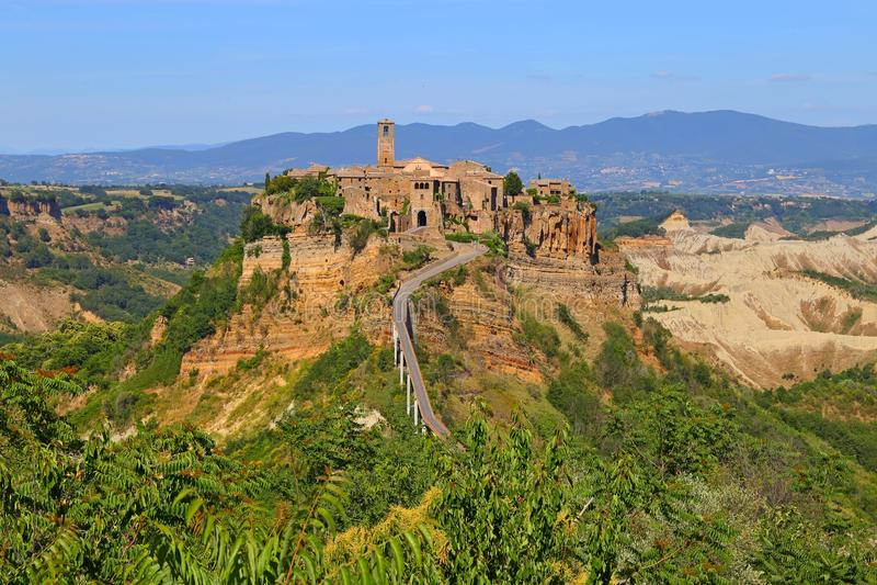Ciudad de Civita di Bagnoregio en la provincia de Viterbo fotos de archivo libres de regalías