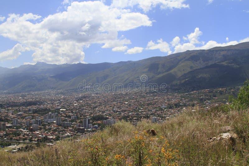 Ciudad de Cochamba, Bolivia fotos de archivo