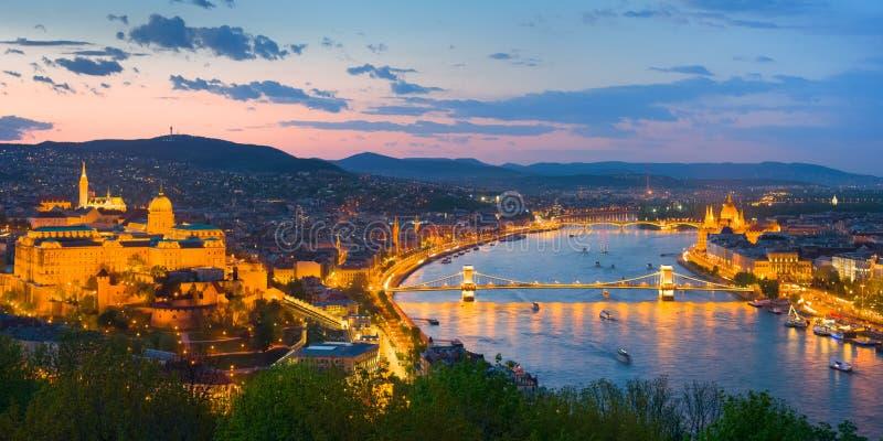 Ciudad de Danubio y de Budapest imágenes de archivo libres de regalías