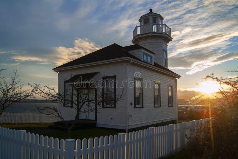 Ciudad de desatención del faro del puerto Townsend, Washington en la puesta del sol foto de archivo libre de regalías