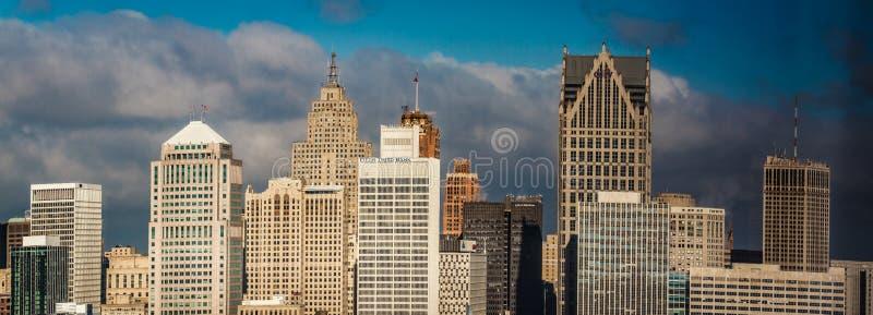 Ciudad de Detroit, una visión desde Windsor, Ontario, Canadá foto de archivo