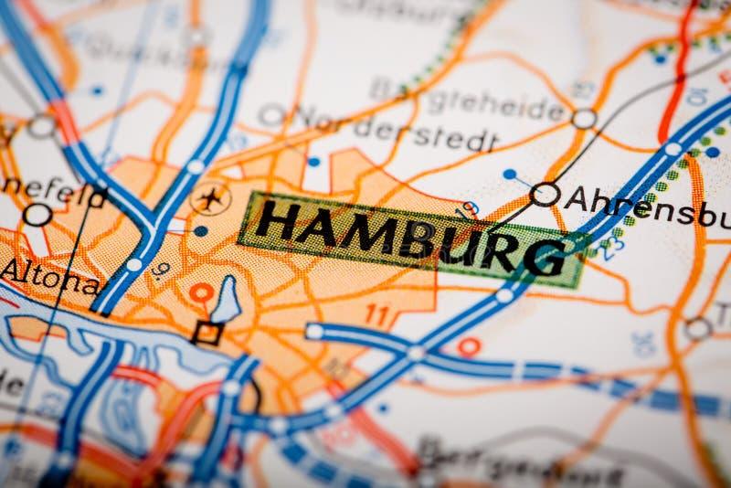 Ciudad de Hamburgo en un mapa de camino fotos de archivo libres de regalías