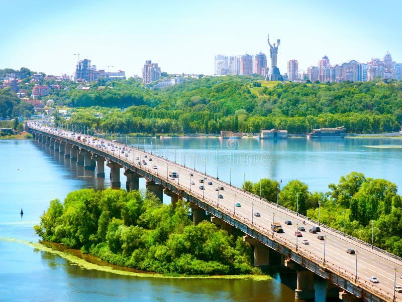 Ciudad de Kiev - el capital de Ucrania imagen de archivo
