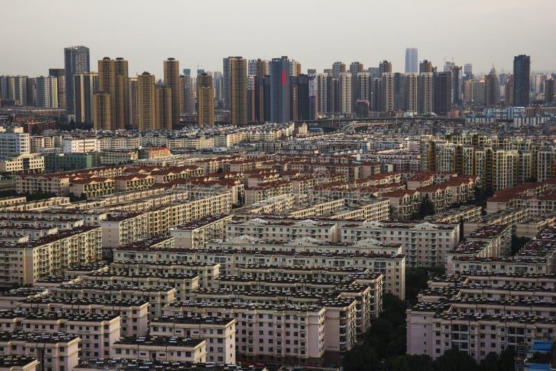 Ciudad de Kunming, capital de la provincia de Yunnan en China foto de archivo