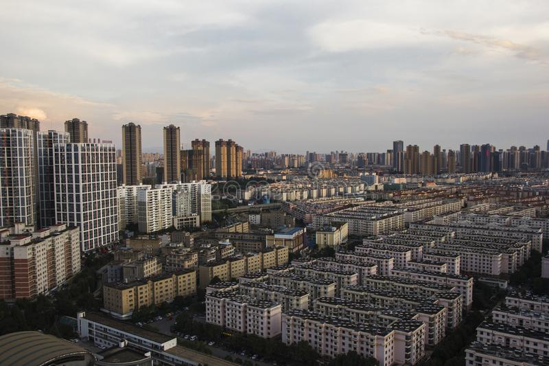 Ciudad de Kunming, capital de la provincia de Yunnan en China fotografía de archivo