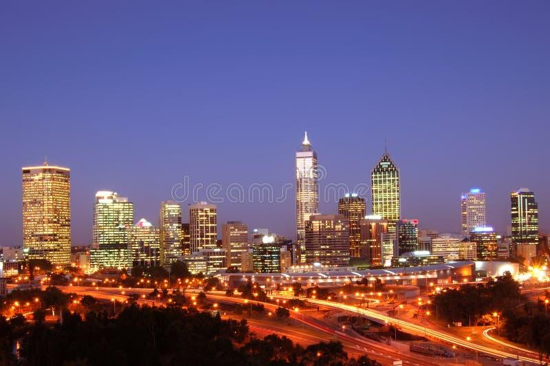 Ciudad de la escena de la noche de Perth imagen de archivo libre de regalías