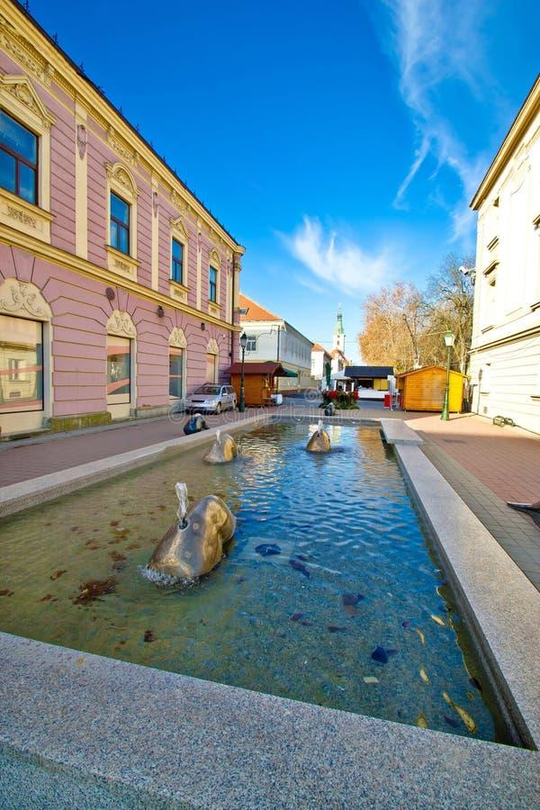 Ciudad de la fuente del cuadrado de Bjelovar imagenes de archivo
