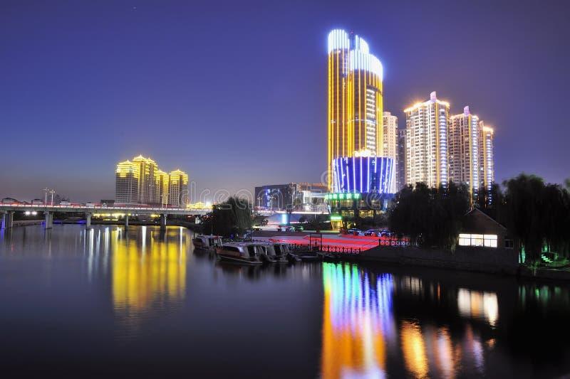 Ciudad de la noche foto de archivo libre de regalías