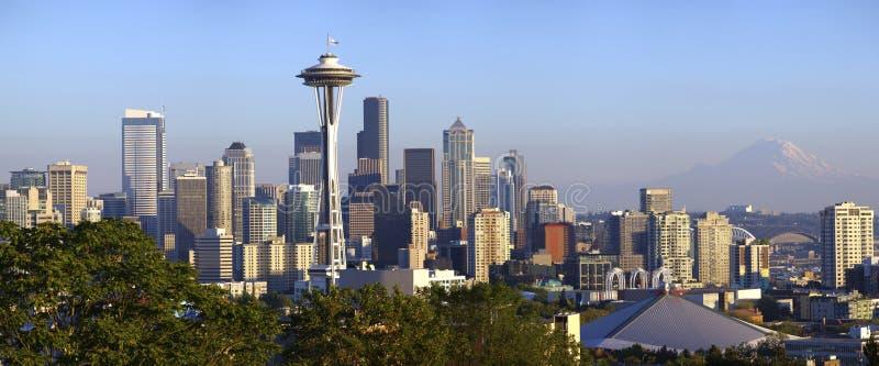 Ciudad de la opinión panorámica de Seattle. imagenes de archivo
