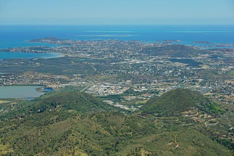 Ciudad de la visión aérea de la isla de Noumea Nueva Caledonia fotografía de archivo