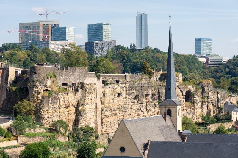 Ciudad de Luxemburgo, vista aérea de la ciudad vieja y Grund fotografía de archivo
