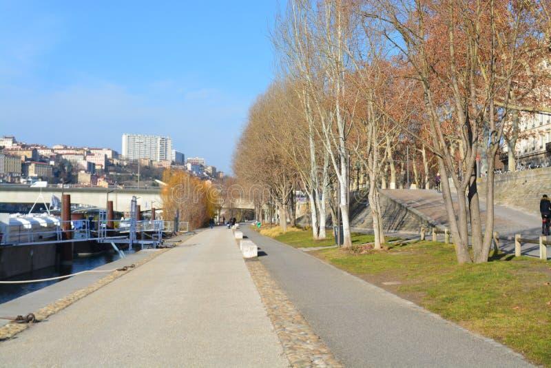 Ciudad de Lyon, de los puentes y del río Rhone imagen de archivo