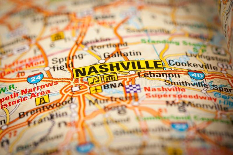 Ciudad de Nashville en un mapa de camino foto de archivo libre de regalías