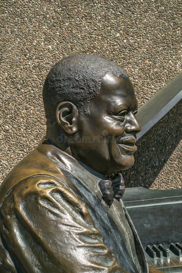 Ciudad de Oscar Peterson Statue de Ottawa imagen de archivo libre de regalías