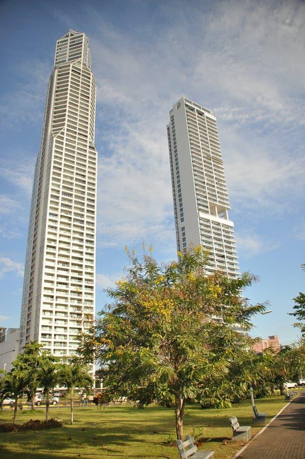 Ciudad de Panamá con los altos rascacielos y puerto en la Costa del Pacífico imagen de archivo libre de regalías
