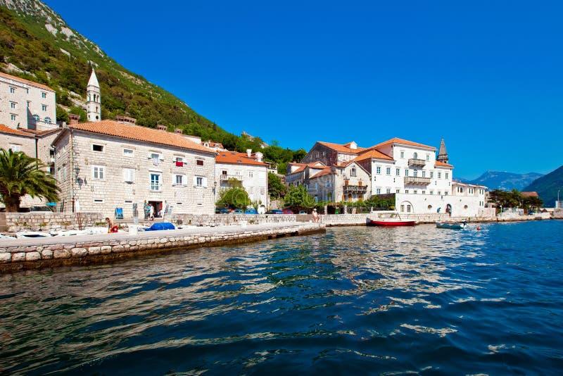 Ciudad de Perast, Montenegro foto de archivo