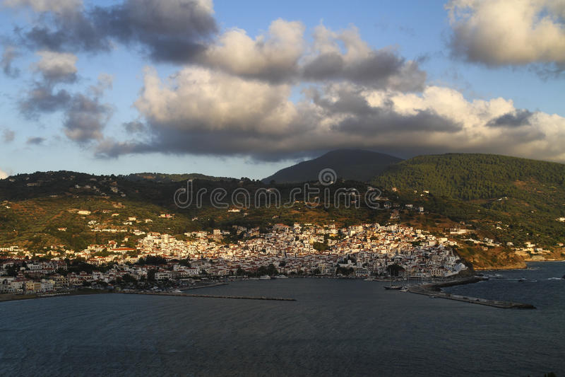 Ciudad de Skopelos, Skopelos, islas de Sporades fotos de archivo libres de regalías