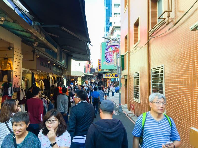 Ciudad de Taipei, Taiwán - 22 de noviembre de 2016: Ximending es la fuente fotografía de archivo libre de regalías