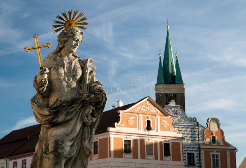 Ciudad de Telc o de Teltsch - estatua de St Margaret fotografía de archivo libre de regalías