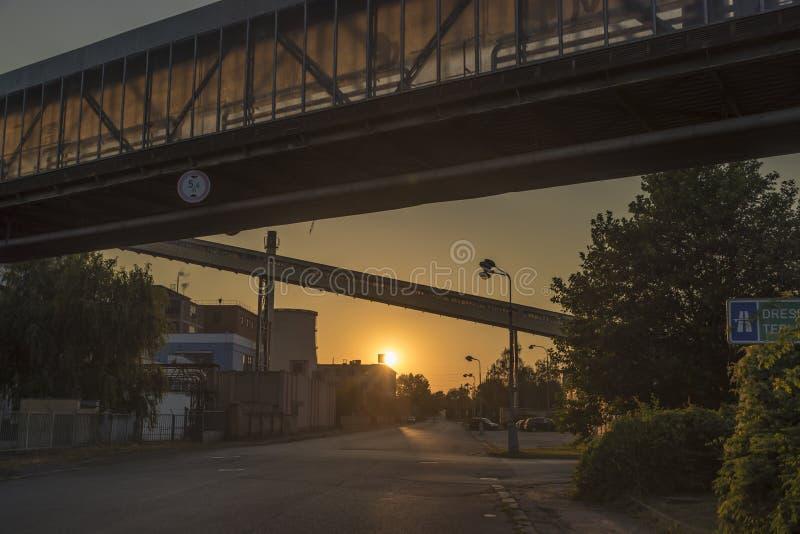 Ciudad de Trmice por la tarde imagenes de archivo