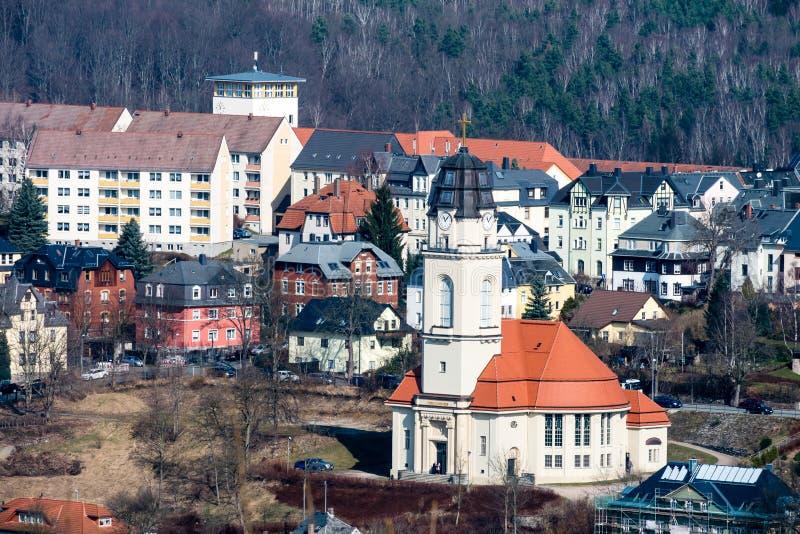 Ciudad del Aue en las montañas del mineral en Sajonia fotografía de archivo libre de regalías