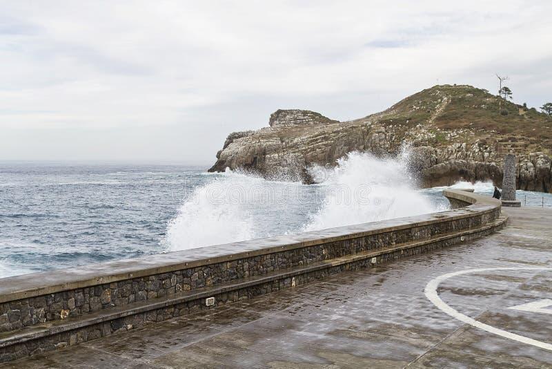 Ciudad del basque de Lekeitio foto de archivo