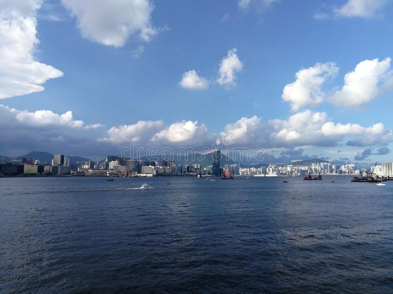 Ciudad del cielo del mar fotos de archivo libres de regalías