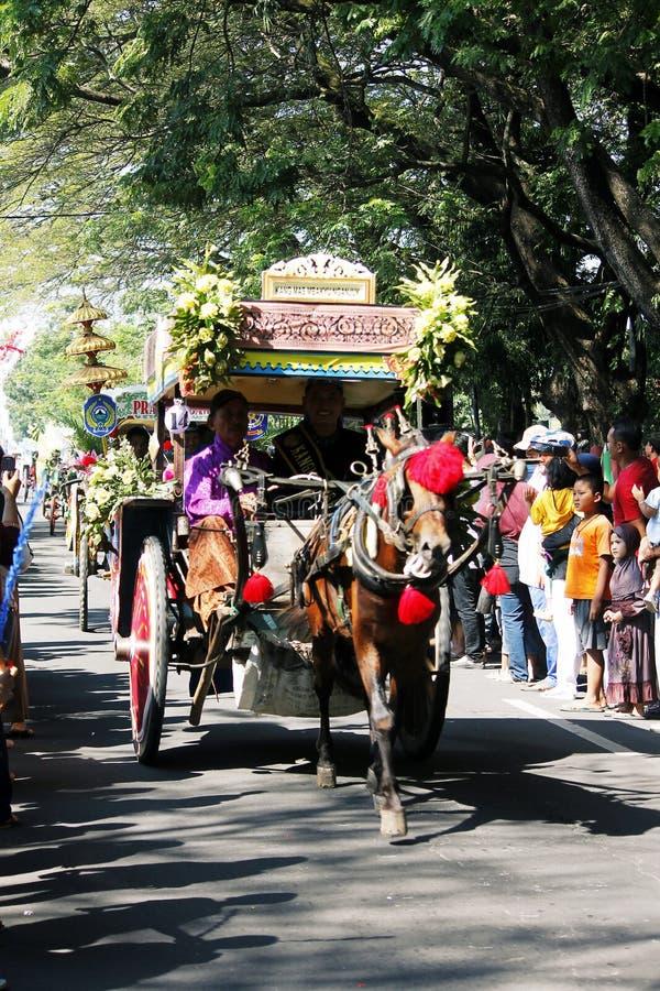 Ciudad del nganjuk de la cultura del carnaval del aniversario de los funcionamientos, Jav del este foto de archivo libre de regalías