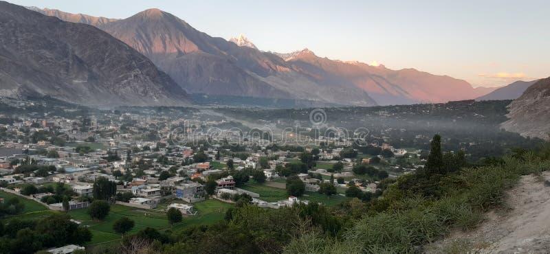 Ciudad del norte gilgit de Paquistán fotografía de archivo libre de regalías