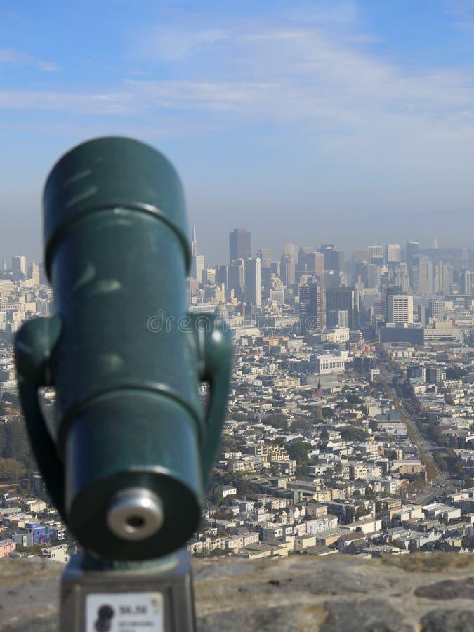 Ciudad del telescopio y de San Francisco imagen de archivo libre de regalías