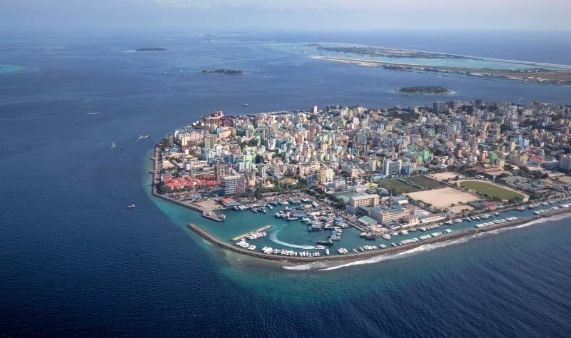 Ciudad del varón en la región de Maldivas imagen de archivo