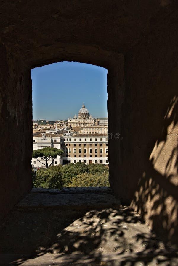 Ciudad del Vaticano y la bas?lica de San Pedro imagenes de archivo