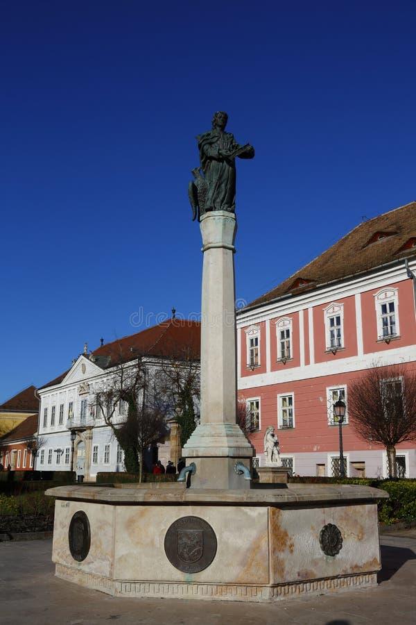 Ciudad en el VAC, Hungría del VAC, el 24 de noviembre de 2015 fotos de archivo libres de regalías